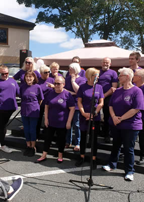 Ghospel Choir in the Court Yard at Beechwood House